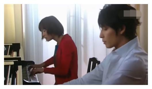 のだめカンタービレでピアノを弾く上野樹里の吹き替えをした安宅薫と石岡久乃
