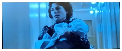 ファンタスティックビーストと黒い魔法使いの誕生のクリーデンスの母親?