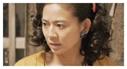 『罪の声』の生島千代子を演じる篠原ゆき子
